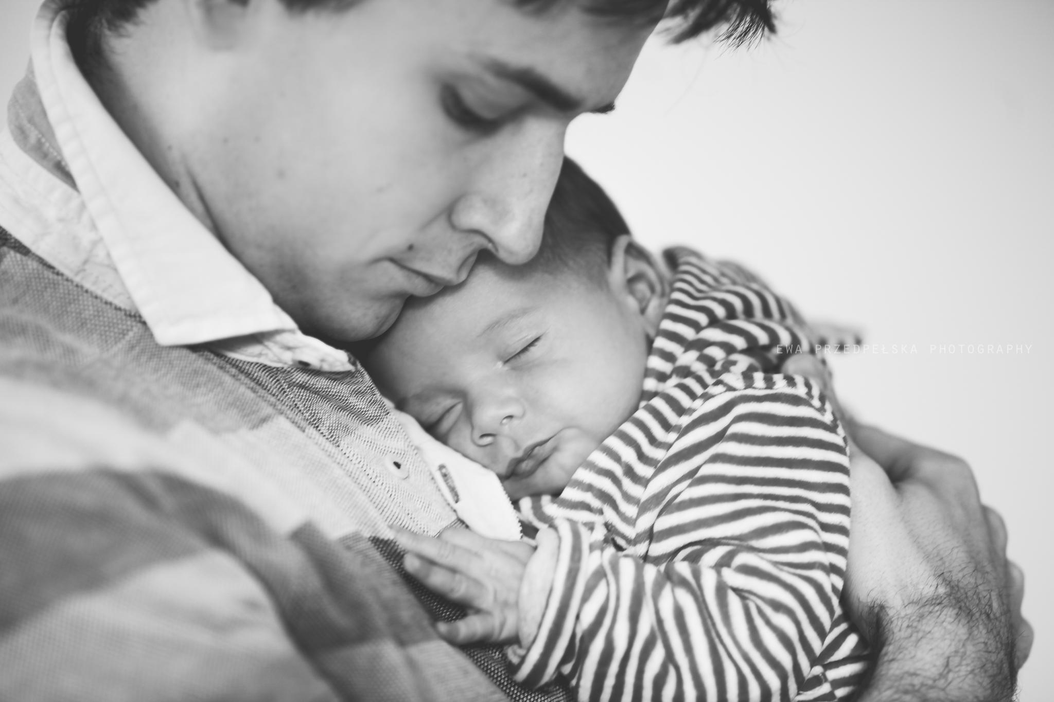 sesja noworodkowa warszawa, fotografia rodzinna warszawa, fotografia rodzinna warszawa, fąfel, ewa przedpełska